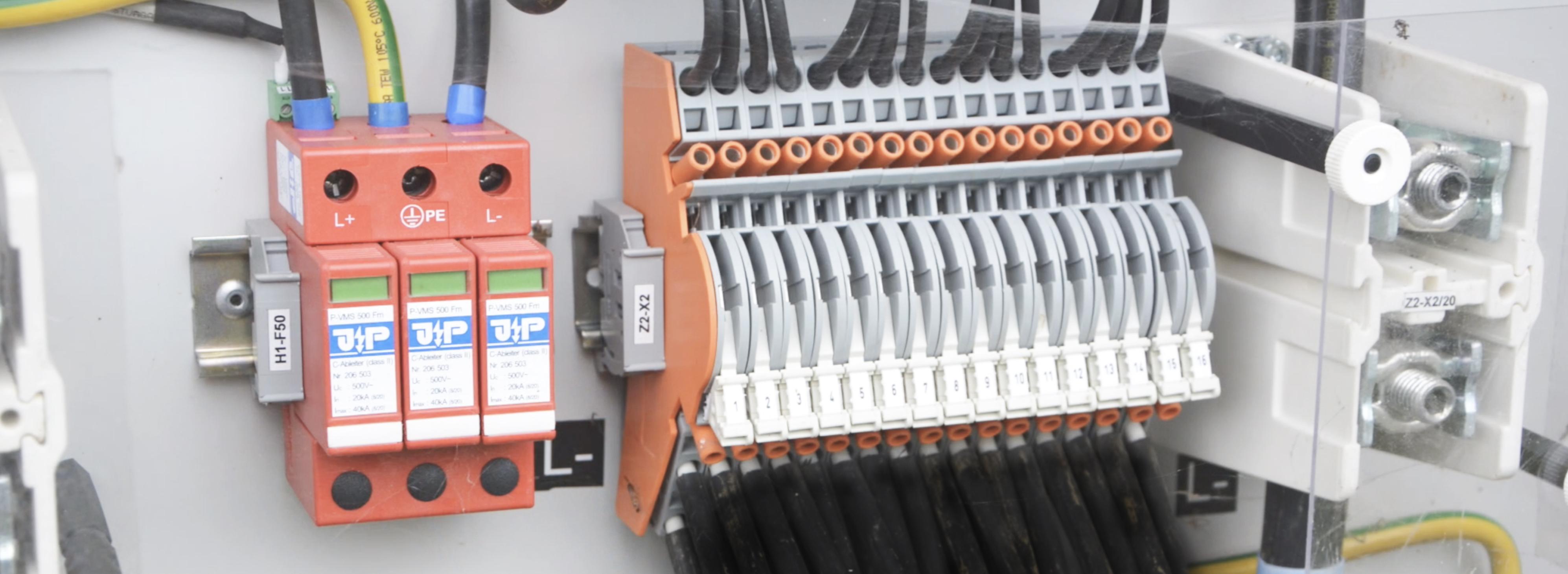 Module24 Middle Voltage Maintenance Pic EN